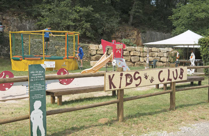Camping Le Val d'Ussel Play Area