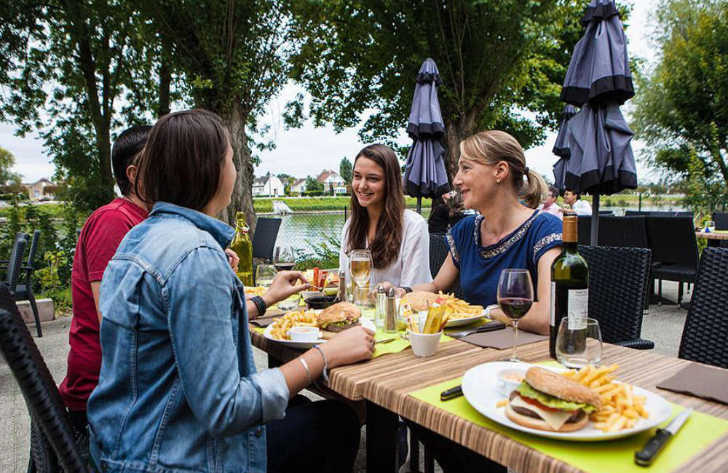 Camping Maisons Laffitte Food and Drink