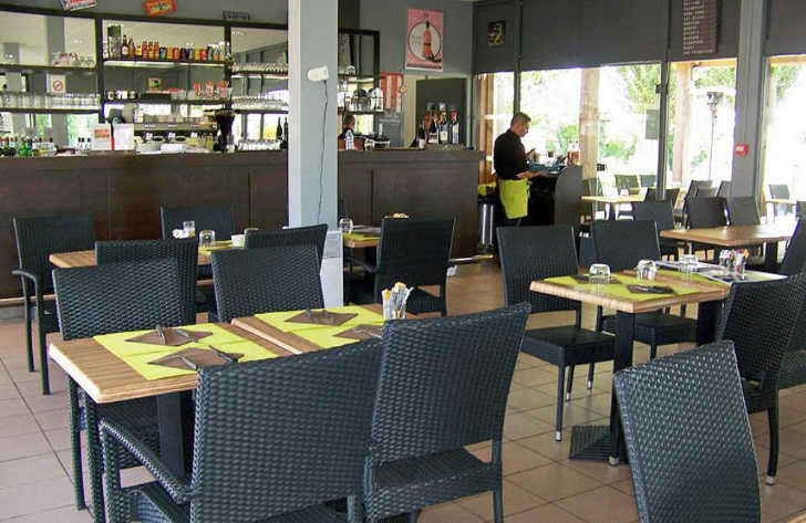 Camping Maisons Laffitte Restaurant