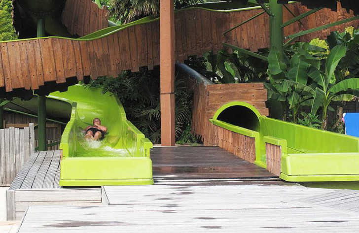 Camping Sen Yan Swimming Pool Slides