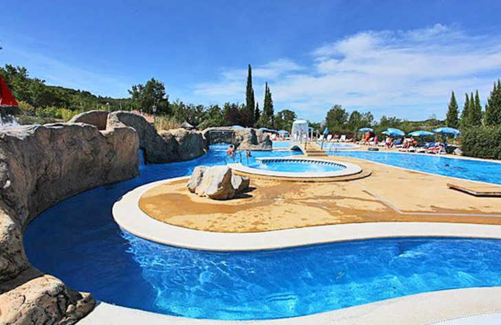 Campsite Domaine le Pommier Swimming Pool Complex