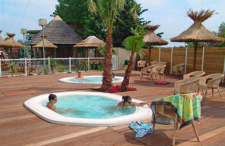 Campsite le Clos Virgile Hot Tub