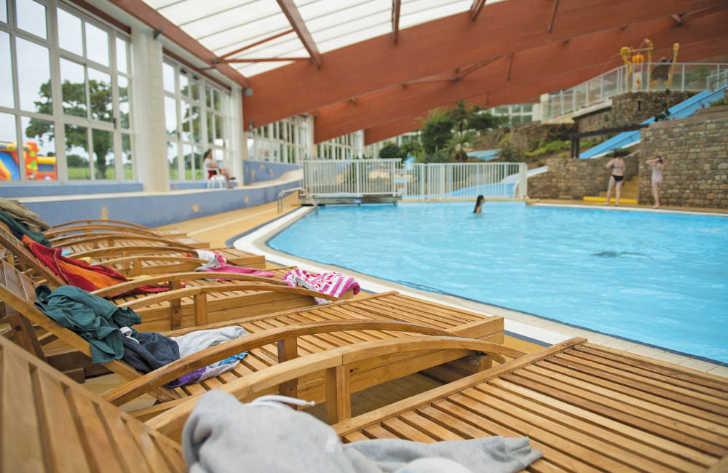 Chateau Lez Eaux Indoor Pool Loungers
