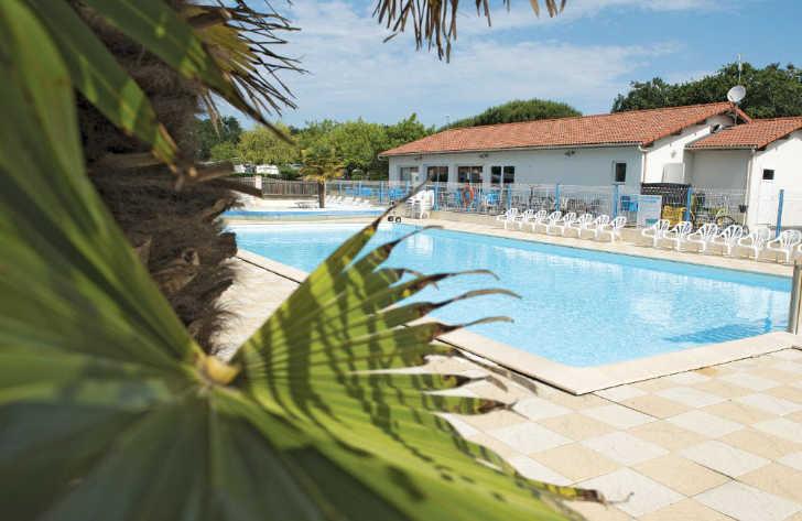 Domaine d'Oleron Pool