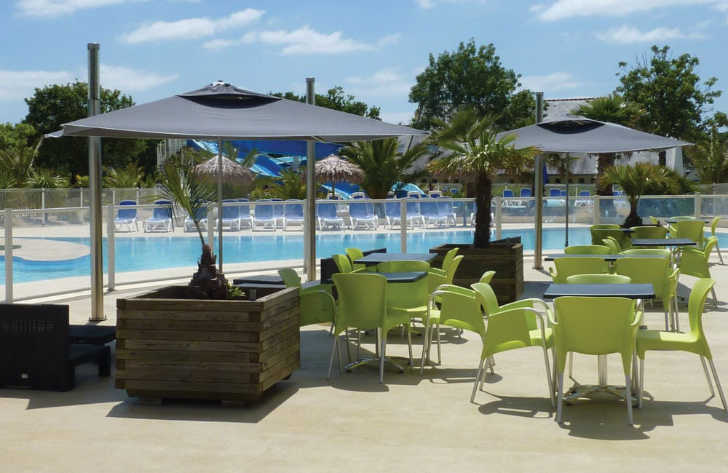 Flower Camping le Cabellou Plage Swimming Pool