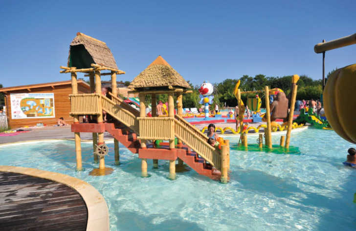 La Rive Childrens Pool Playground
