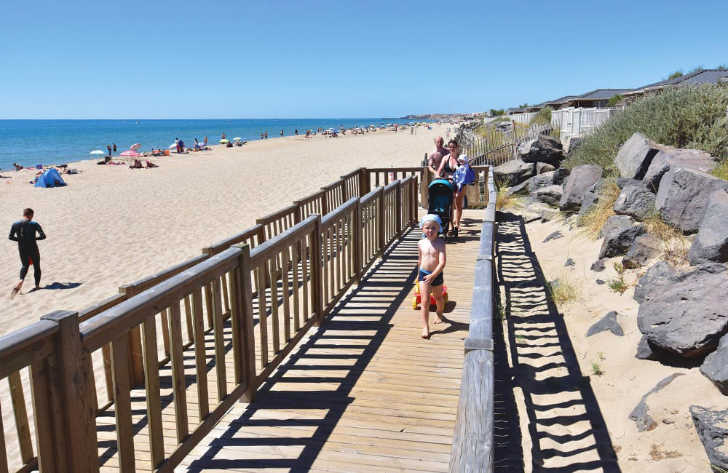Le Beach Garden Beach Walkway