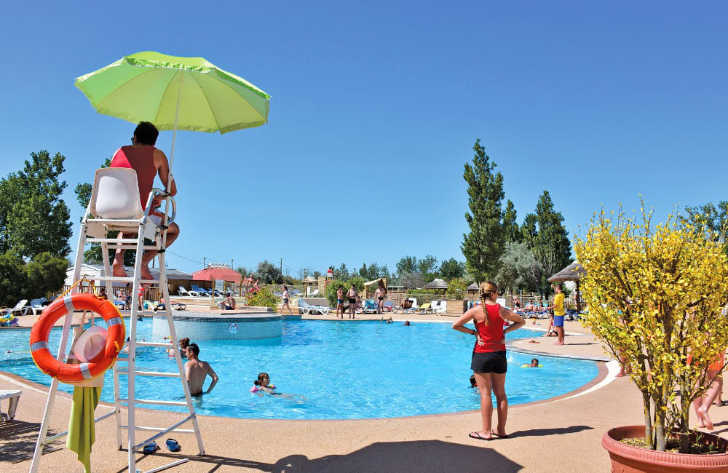 Le Mediterranee Plage Pool Safety