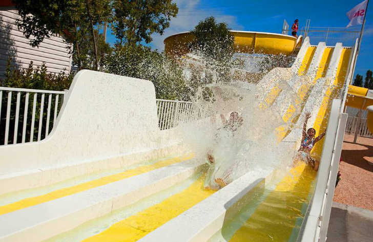 Le Montourey Waterslide Splash