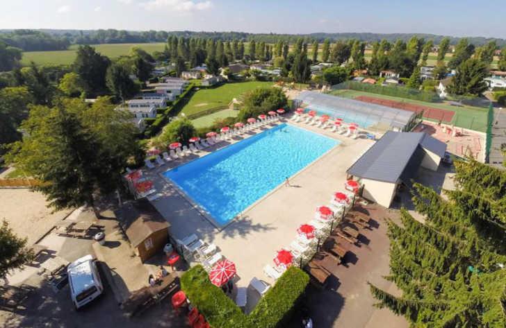Le Village Parisien Varreddes Campsite Pool