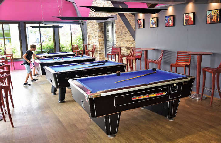 Les Mouettes Pitch Only Games Room Pool