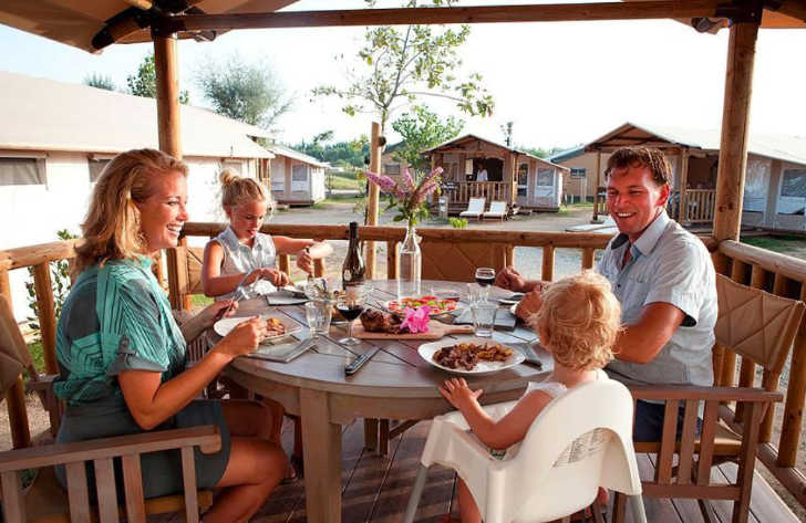 Yelloh Village Le Serignan Plage Accommodation