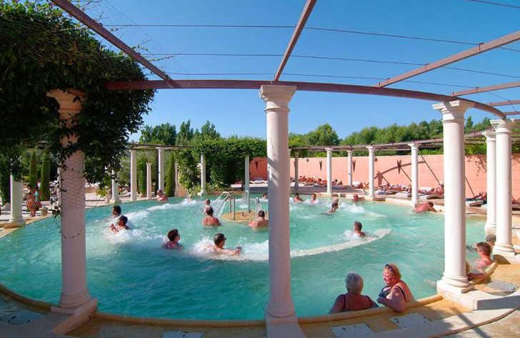 Yelloh Village Le Serignan Plage Pool Jacuzzi